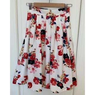 アンドクチュール(And Couture)のAnd Couture(アンドクチュール)花柄 スカート(ひざ丈スカート)