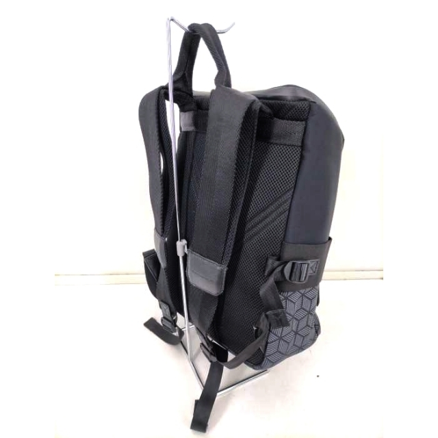 Y-3(ワイスリー)のY-3(ワイスリー)  QASA REFLEX BACKPACK メンズ バッグ メンズのバッグ(バッグパック/リュック)の商品写真
