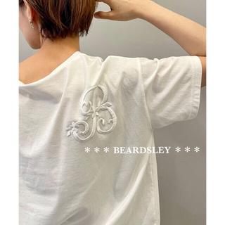 ビアズリー(BEARDSLEY)の今季 新品 17600円 BEARDSLEY ビアズリー イニシャル刺繍Tシャツ(Tシャツ(半袖/袖なし))