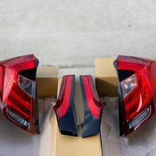 ホンダ - フィットハイブリット GK GP5 GP6 後期 テールランプ 新品 純正