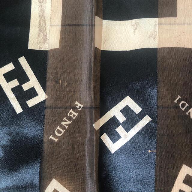 FENDI(フェンディ)の【最終値下げ】FENDI♦︎スカーフ レディースのファッション小物(バンダナ/スカーフ)の商品写真