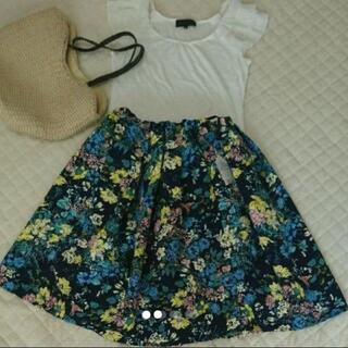 エージーバイアクアガール(AG by aquagirl)のエージーバイアクアガール 花柄 スカート(ひざ丈スカート)