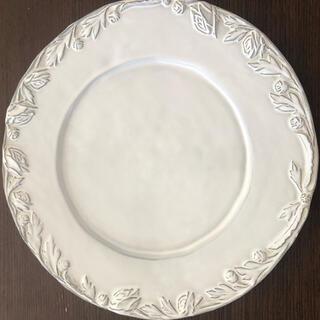 キャトルセゾン(quatre saisons)のVirginia Casa ヴィルジニアカーサ  プレート白2枚(食器)