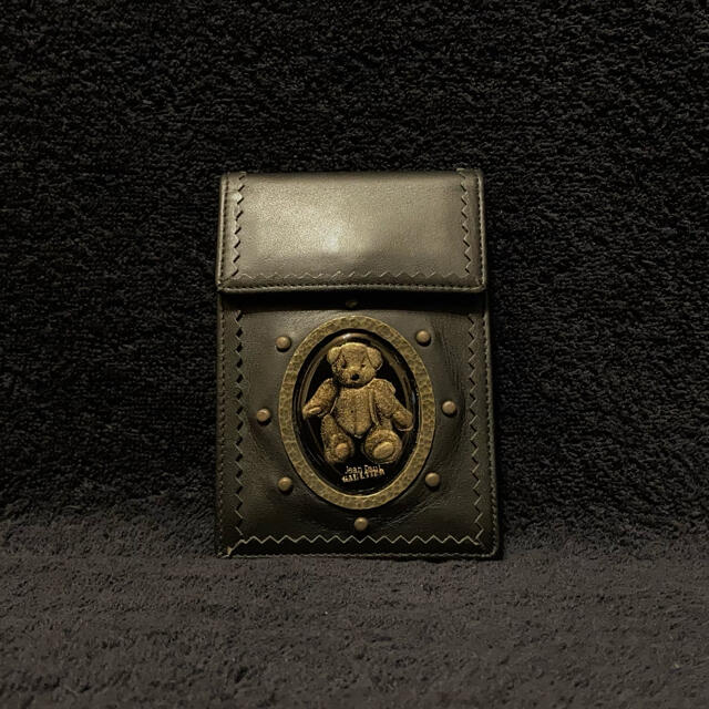 Jean-Paul GAULTIER(ジャンポールゴルチエ)のjean paul gaultier テディベア タバコケース 新品未使用 レディースのファッション小物(その他)の商品写真