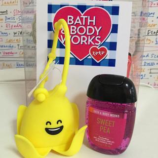 バスアンドボディーワークス(Bath & Body Works)の♡日本未発売BBW ハンドジェルホルダー♡(キーホルダー)