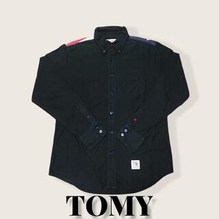 トミー(TOMMY)のTOMY星条旗刺繍長袖ボタンシャツL黒トミー古着(シャツ)
