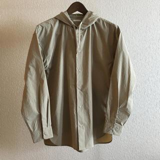 GU - フード付きシャツアウター