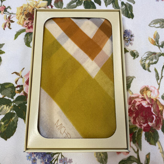 ミッシェルクラン(MICHEL KLEIN)の【新品未使用】MICHEL KLEIN  シルク100%スカーフ(バンダナ/スカーフ)