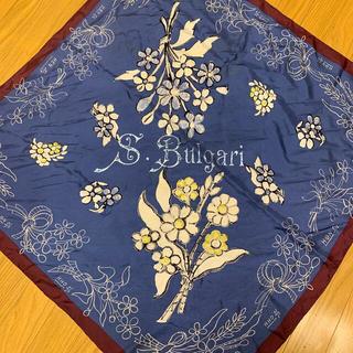 ブルガリ(BVLGARI)のブルガリ スカーフ 花柄 90×90 箱・紙袋付き(バンダナ/スカーフ)