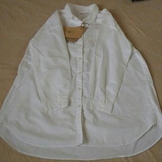 サンバレー(SUNVALLEY)の新品サンバレーシャツ白最終値下げ(シャツ/ブラウス(長袖/七分))