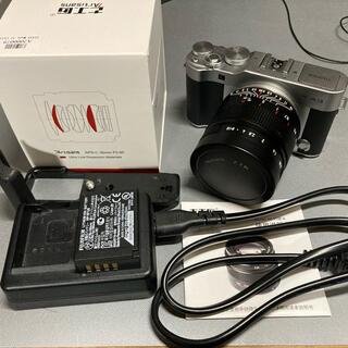 フジフイルム(富士フイルム)のFuji X-A3   7artisans 35mm F0.95 レンズセット(レンズ(単焦点))