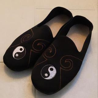 サスクワッチファブリックス(SASQUATCHfabrix.)のカンフーシューズ yin-yang タオマーク(スニーカー)