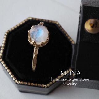 6月のお誕生石⭐︎.*。宝石質インド産レインボームーンストーンのベゼルリング(リング)