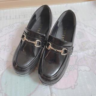 ウィゴー(WEGO)のWEGO厚底ローファー(ローファー/革靴)