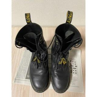 ヨウジヤマモト(Yohji Yamamoto)のYohji Yamamoto×Dr.Martensセンタージップ10ホールブーツ(ブーツ)