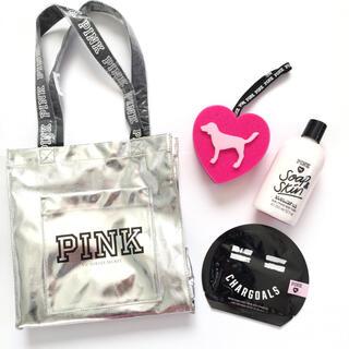 ヴィクトリアズシークレット(Victoria's Secret)の新品未使用 PINK トートバック スポンジ ボディケア4点セット♪(ボディソープ/石鹸)