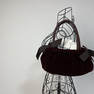 ローラアシュレイ(LAURA ASHLEY)の【新品 タグ付き】ローラアシュレイ ベロア ハンドバッグ パーティーバッグ(ハンドバッグ)