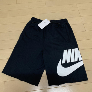 NIKE - 新品!ナイキ 150〜160 黒 ブラック スウェット ショートパンツ