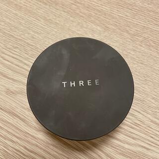 スリー(THREE)のTHREE フェイスパウダー(フェイスパウダー)