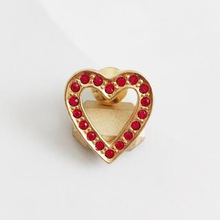 AVON - AVON * red stone heart pins