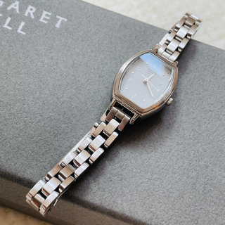 マーガレットハウエル(MARGARET HOWELL)のマーガレットハウエル トノー 腕時計 シルバー(腕時計)
