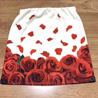 ダチュラ(DaTuRa)のDaTuRa ダチュラ 薔薇柄スカート 花柄スカート ミニスカート タイト (ミニスカート)