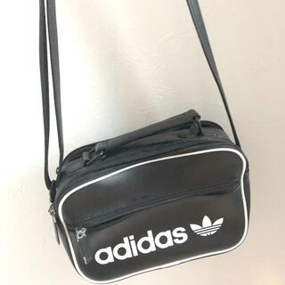 アディダス(adidas)のadidas・ショルダーバッグ・韓国・海外・バッグ・(ショルダーバッグ)