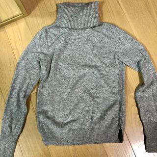 ユニクロ(UNIQLO)のUNIQLO カシミヤ タートルネック ニット セーター(ニット/セーター)