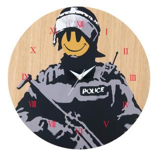 メディコムトイ(MEDICOM TOY)のBANKSY WALL CLOCK Riot Cop KARIMOKU(掛時計/柱時計)
