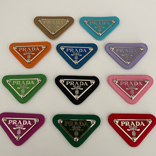 PRADA - 【PRADA】 ロゴプレート