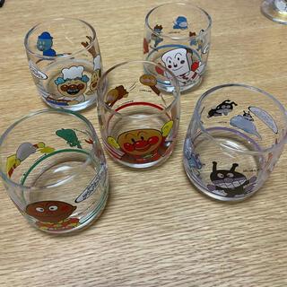 アンパンマン(アンパンマン)の美品 アンパンマン レトロ ガラスコップ 5セット(食器)
