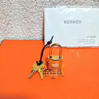 エルメス(Hermes)のHERMES ゴールド カデナパドロック南京錠、鍵2本付き!(ネックレス)