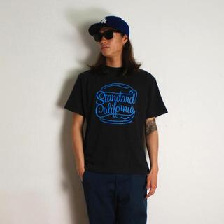 スタンダードカリフォルニア(STANDARD CALIFORNIA)のスタンダード カリフォルニア スクリプト ロゴ tシャツ(Tシャツ/カットソー(半袖/袖なし))