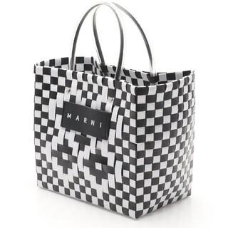マルニ(Marni)の新品 MARNI フラワーカフェ ピクニックバッグミニ ストーンホワイト(かごバッグ/ストローバッグ)