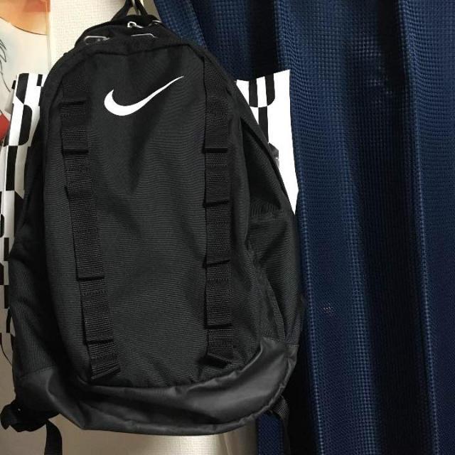 NIKE(ナイキ)のナイキ リュック黒 美品 レディースのバッグ(リュック/