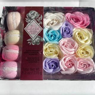 Bath & Body Works - 【新品】macaron bath fizzers & soap petals
