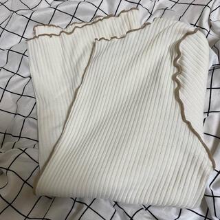 グレイル(GRL)のお値下げしました。GRL ライン入りニット生地tシャツ(Tシャツ/カットソー(半袖/袖なし))