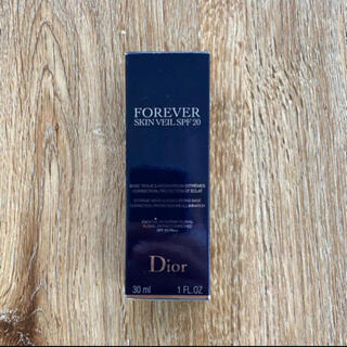 Dior - r1875 ディオール スキン フォーエバー スキン ヴェール 001 30ml