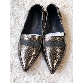 ブルネロクチネリ(BRUNELLO CUCINELLI)のブルネロクチネリ モニーレ メタリック レザー ローファー シューズ 37(ローファー/革靴)
