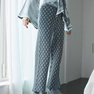 アリシアスタン(ALEXIA STAM)のPattern Jacquard Knit Pants  JUEMI(カジュアルパンツ)