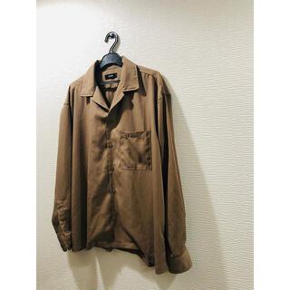 スピンズ(SPINNS)のスピンズ 長袖シャツ オーバーサイズシャツ ブラウン ワイシャツ 茶色 送料無料(シャツ)