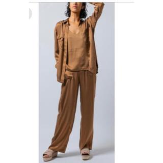 ダブルスタンダードクロージング(DOUBLE STANDARD CLOTHING)のサテンシルクワイドウォッシュパンツ ダブルスタンダードクロージング(カジュアルパンツ)