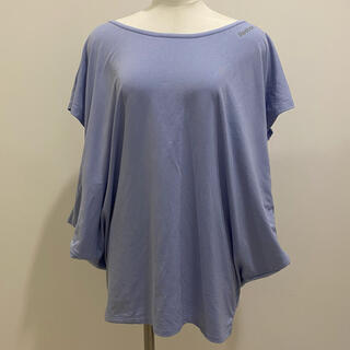 Reebok - 【Reebok】薄紫色のトレーニング着(Tシャツ)💜