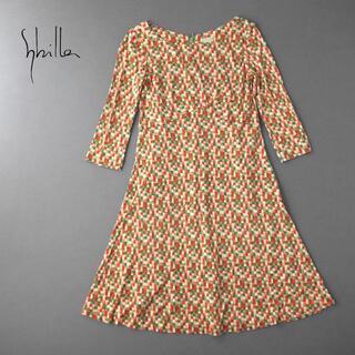 シビラ(Sybilla)の美品★Sybilla シビラ モザイクチェック ストレッチジャージーワンピース(ひざ丈ワンピース)