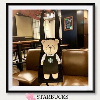 スターバックスコーヒー(Starbucks Coffee)の海外限定❣️スターバックス  BEARISTA ドリンクホルダー(収納/キッチン雑貨)