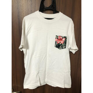 ニューエラー(NEW ERA)の廃盤品‼︎ ニューエラ 花柄 Tシャツ(Tシャツ/カットソー(半袖/袖なし))