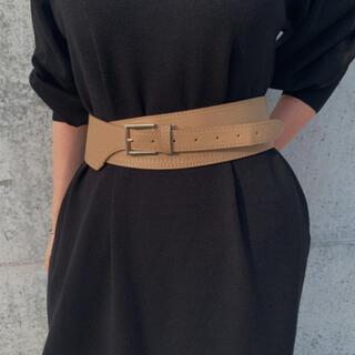 アメリヴィンテージ(Ameri VINTAGE)のWide waist belt BEIGE No.468(ベルト)