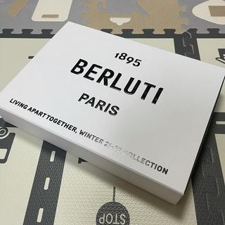 ベルルッティ(Berluti)のベルルッティBERLUTIクリス デザイナー直筆サインボックス (その他)