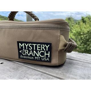 MYSTERY RANCH - MYSTERY RANCH PATCH (ブラック/グロー) ベルクロワッペン