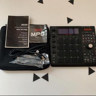 AKAI MPC STUDIO BLACK  (MIDIコントローラー)